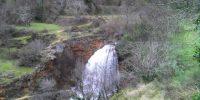 cascada-de-los-batanes-en-la-piedra-de-la-molata